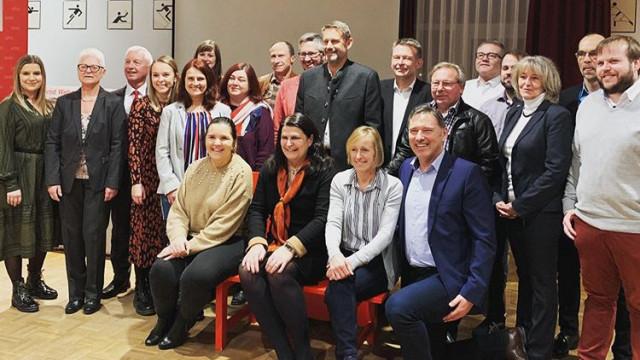 Andrea Mickel und ihr Team bei der Kandidatenvorstellung im TSV-Sportheim